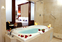 Jacuzzi King Romance Package